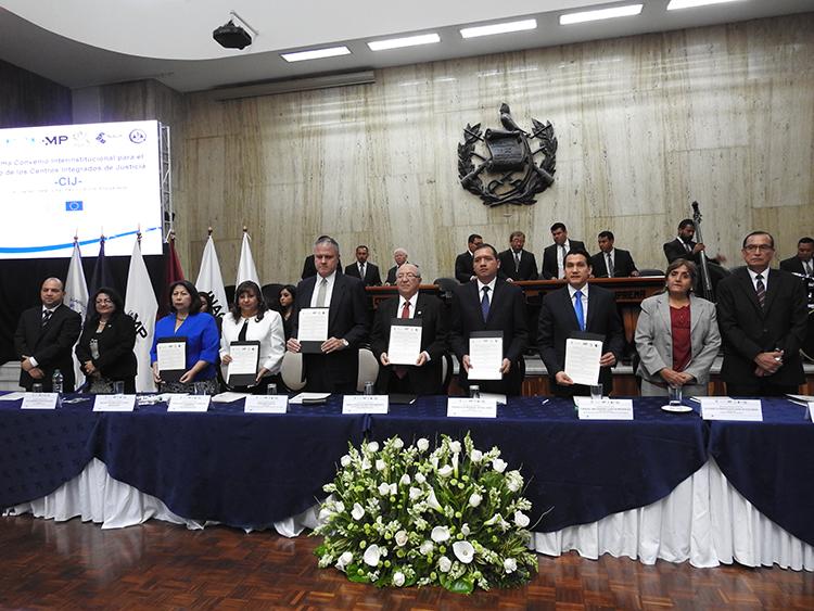 OJ, Mingob, MP, IDPP e INACIF Firman convenio para el uso de Centros Integrados de Justicia en Petén y Alta Verapaz