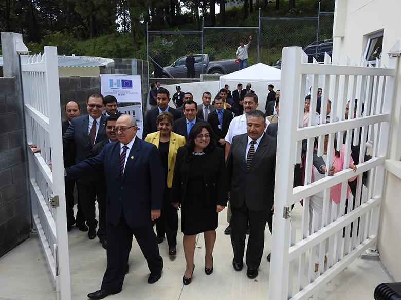 Unión Europea por medio de Programa SEJUST entrega Centro Integrado de Justicia en San Pedro Carchá, Alta Verapaz, para OJ,  Mingob, MP, IDPP e INACIF