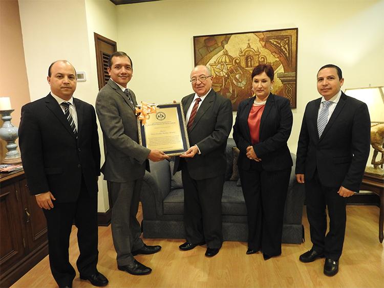 INSTANCIA COORDINADORA DE LA MODERNIZACIÓN DEL SECTOR JUSTICIA ENTREGA RECONOCIMIENTOS